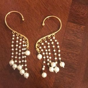 Jewelry - Gorgeous pair of pearl cuff earrings. Gold plated